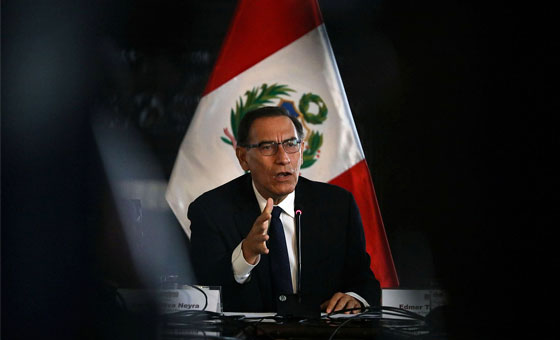 Presidente de Perú propone adelanto de elecciones generales para 2020