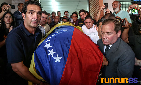 FOTOS   En misa con cuerpo presente despiden a Fernando Albán