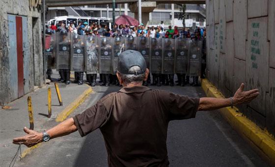 Termómetro de la Calle: Gobierno venezolano responde protestas por hambre con plomo