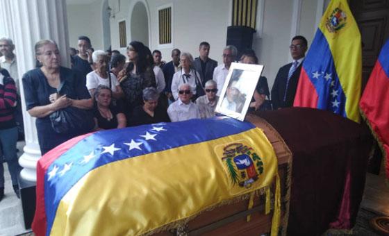 A un mes de su muerte, familia de Fernando Albán exigen explicaciones sobre el caso