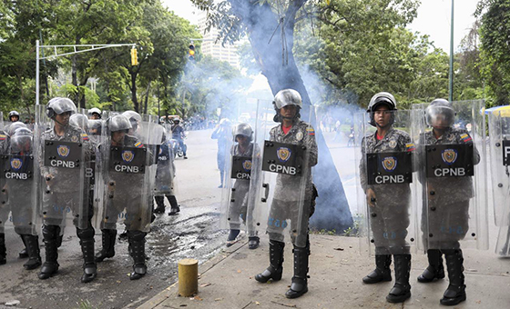 Entre represión y consignas trasncurrió jornada en Caracas este sábado #30Mar