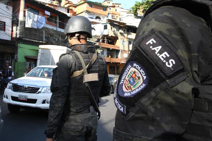 """#Monitor de Víctimas. Antes de dispararle a la cabeza, el agente de las FAES le dijo: """"tú no eres familia mía"""""""