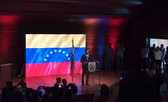 "Juan Guaidó: ""Todo ese bloqueo que había anunciado Nicolás Maduro era mentira"""
