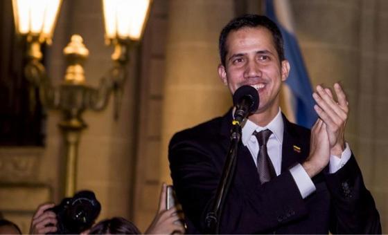 Guaidó anunció regreso y convocó nuevas movilizaciones