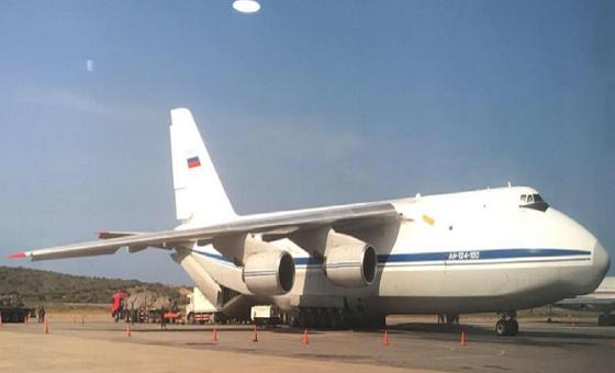 Estados Unidos pide a resto de naciones bloquear paso de aviones rusos a Venezuela
