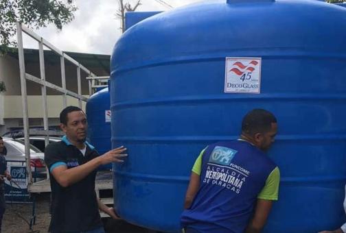 Plan Tanque Azul: tras el colapso eléctrico tendrán agua los que puedan lograr su almacenamiento