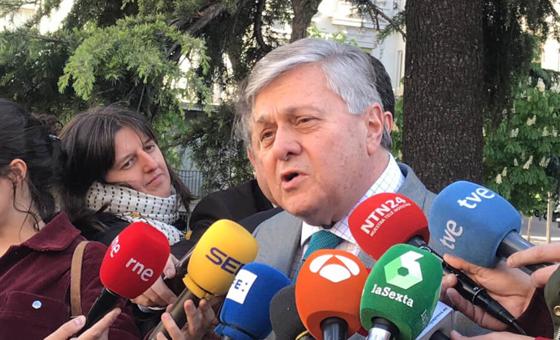 Padre de Leopoldo López es electo eurodiputado