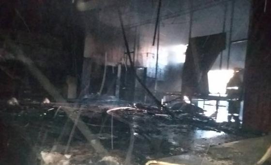 Saquearon y quemaron el auditorio de la UDO en Cumaná