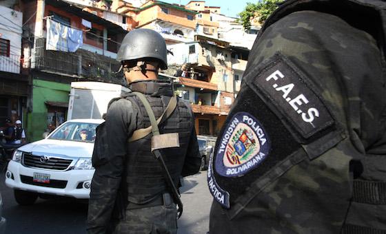 Funcionarios de la FAES se enfrentaron a delincuentes en El Valle