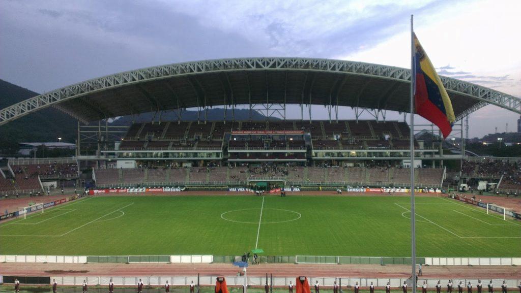 https://runrunes.org/wp-content/uploads/2019/06/Foto-1-Estadio-General-José-Antonio-Anzoátegui-de-Puerto-La-Cruz-1024x577.jpg