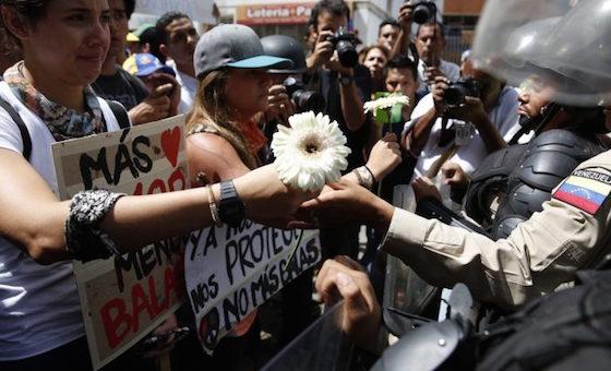 Levántate por tus derechos, por Carlos Patiño