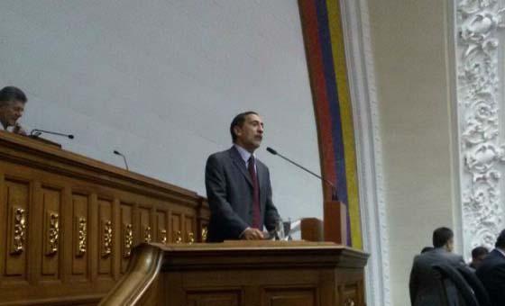 José Guerra sobre sentencia del TSJ: Traidores a la patria son ustedes por endeudar al país y no poder pagar la deuda