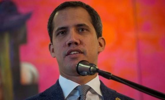 """Guaidó pide a la Fuerza Armada expulsar a """"grupos irregulares"""" de Venezuela"""