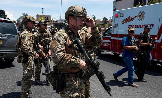 Al menos cinco muertos y 21 heridos en varios tiroteos en Texas, Estados Unidos
