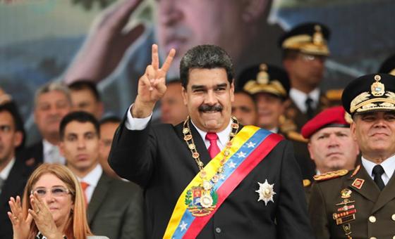 Maduro dice que buscó a minoría opositora porque Guaidó no cumplió acuerdos