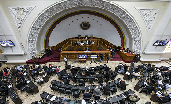 Guaidó y el chavismo se ajustan a una nueva rutina en la AN