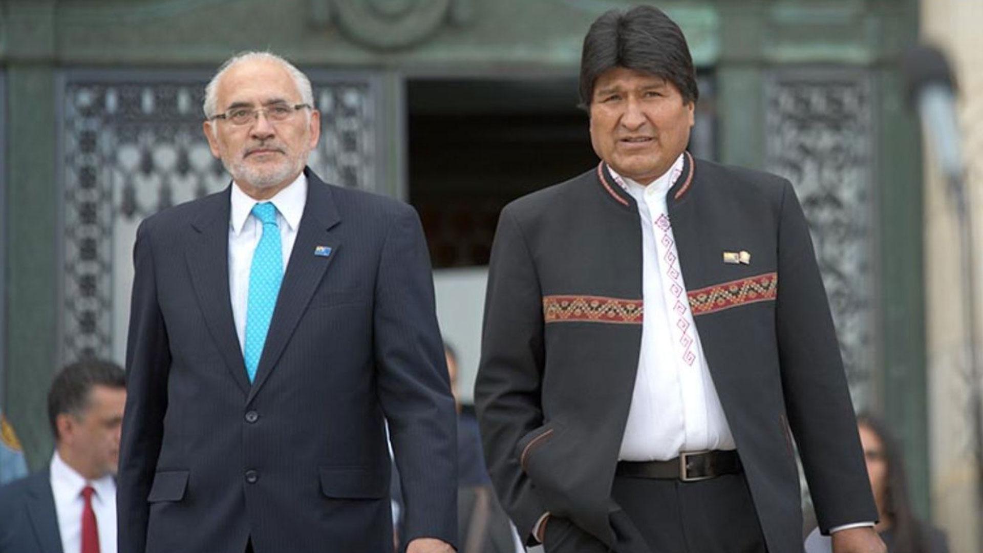 Elecciones en Bolivia: Todo apunta a una segunda vuelta entre Evo Morales y Carlos Mesa
