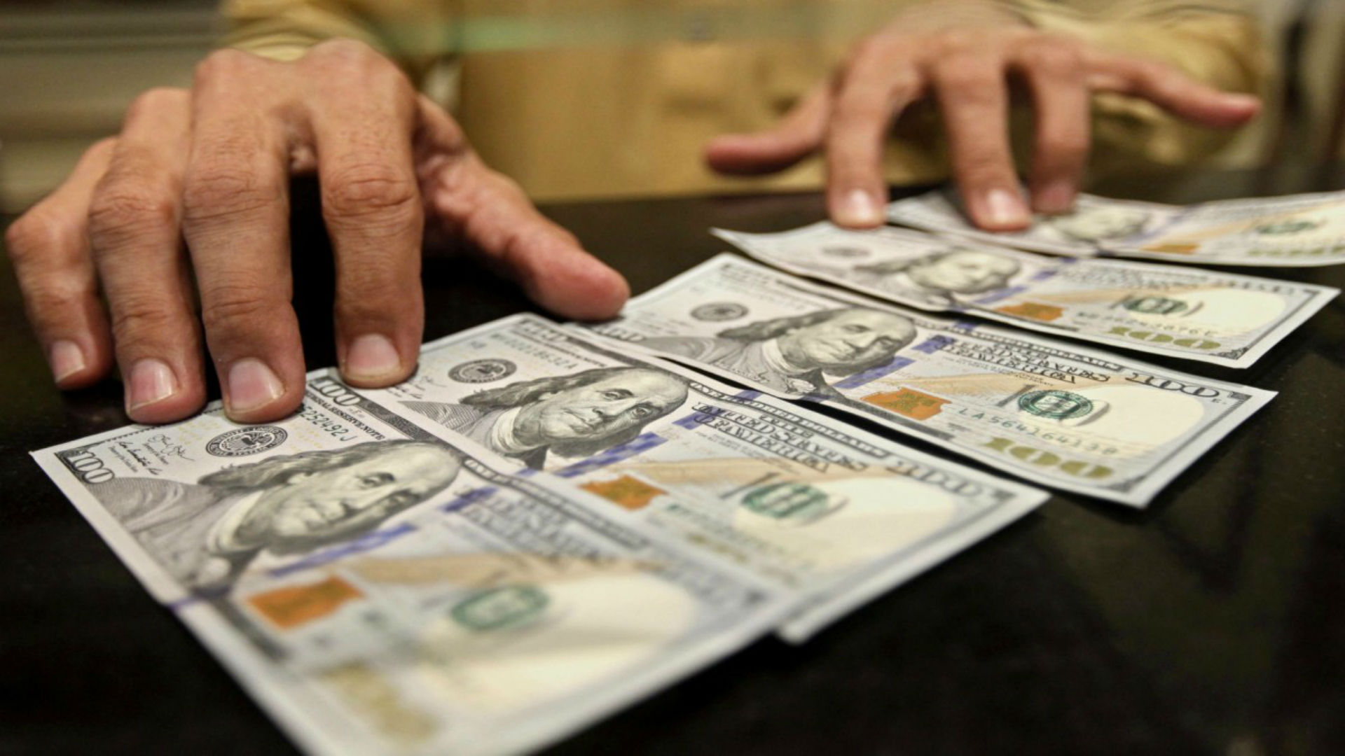Conoce los 14 bancos nacionales que permiten abrir cuentas y transferir en dólares