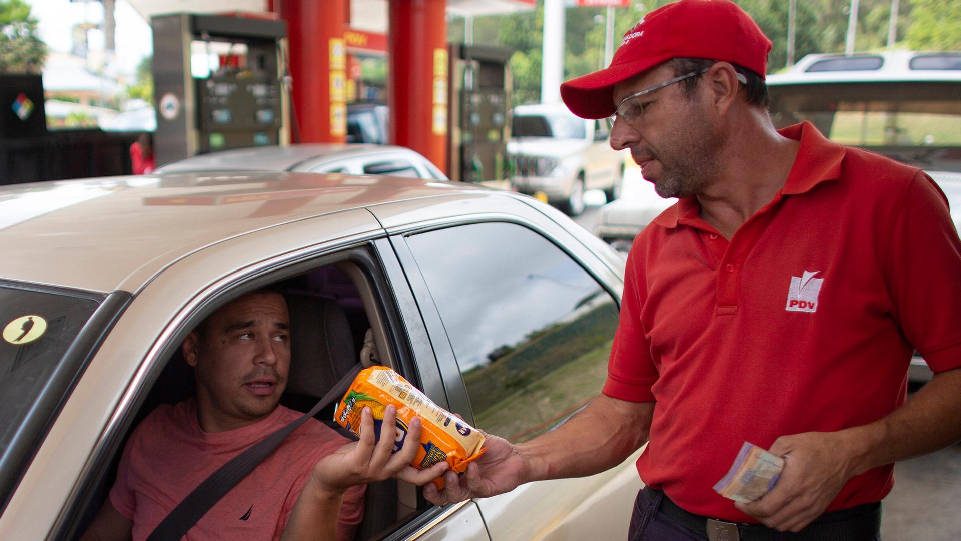 Venezuela vuelve al trueque sin dinero ni acceso a productos básicos