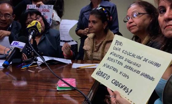 Maestros intensifican protestas con paro de 24 horas para el #10Oct