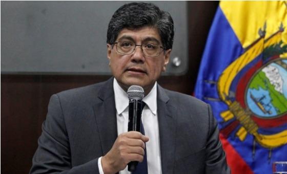 Canciller de Ecuador denuncia que Maduro y la guerrilla colombiana han instigado los disturbios y la violencia