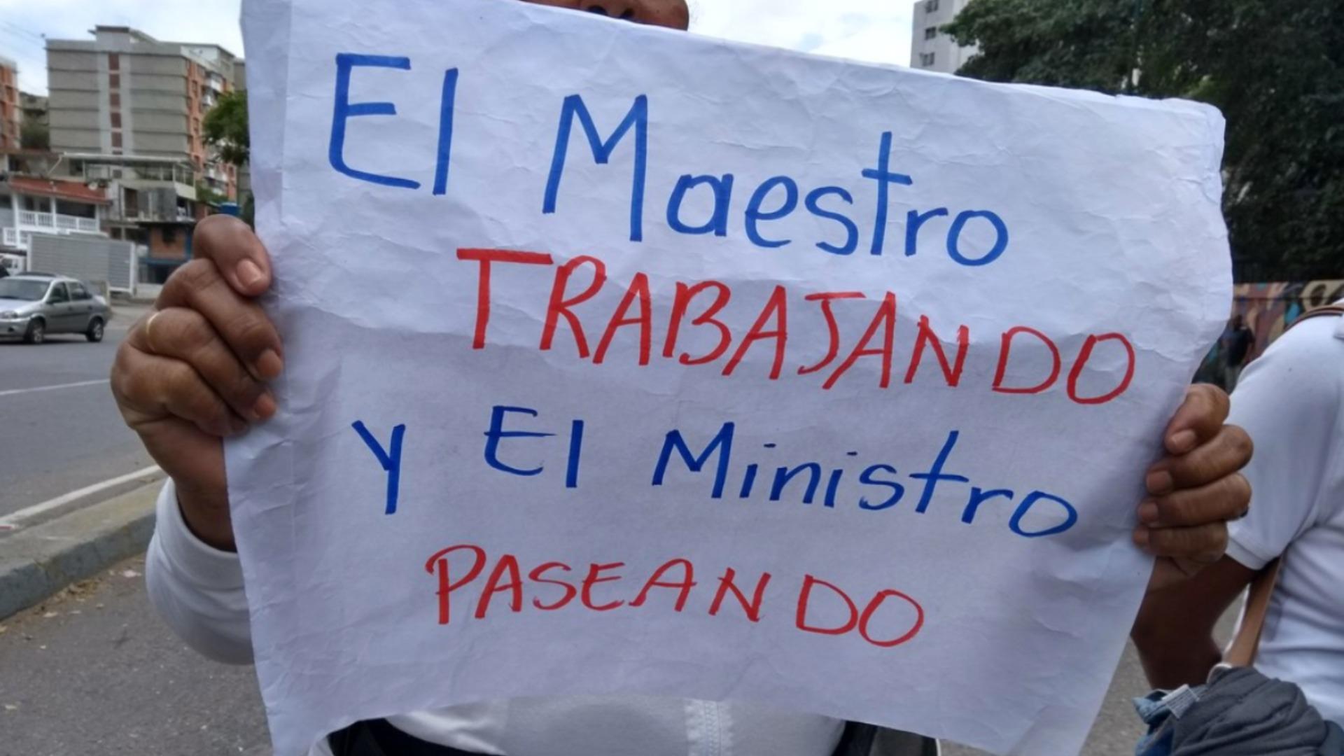 Guaidó: El suedo de un maestro en Venezuela no alcanza para nada
