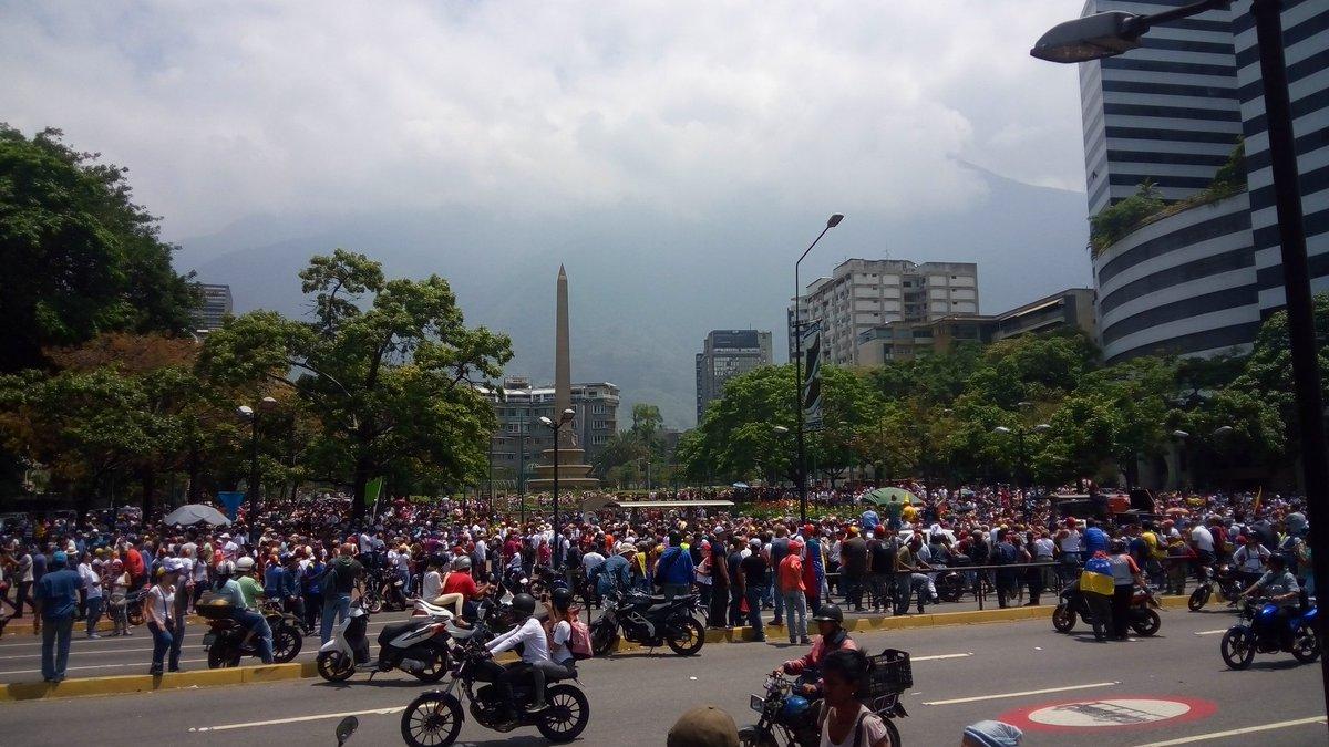 Oficina de Michelle Bachelet llama a respetar marcha de este #16Nov