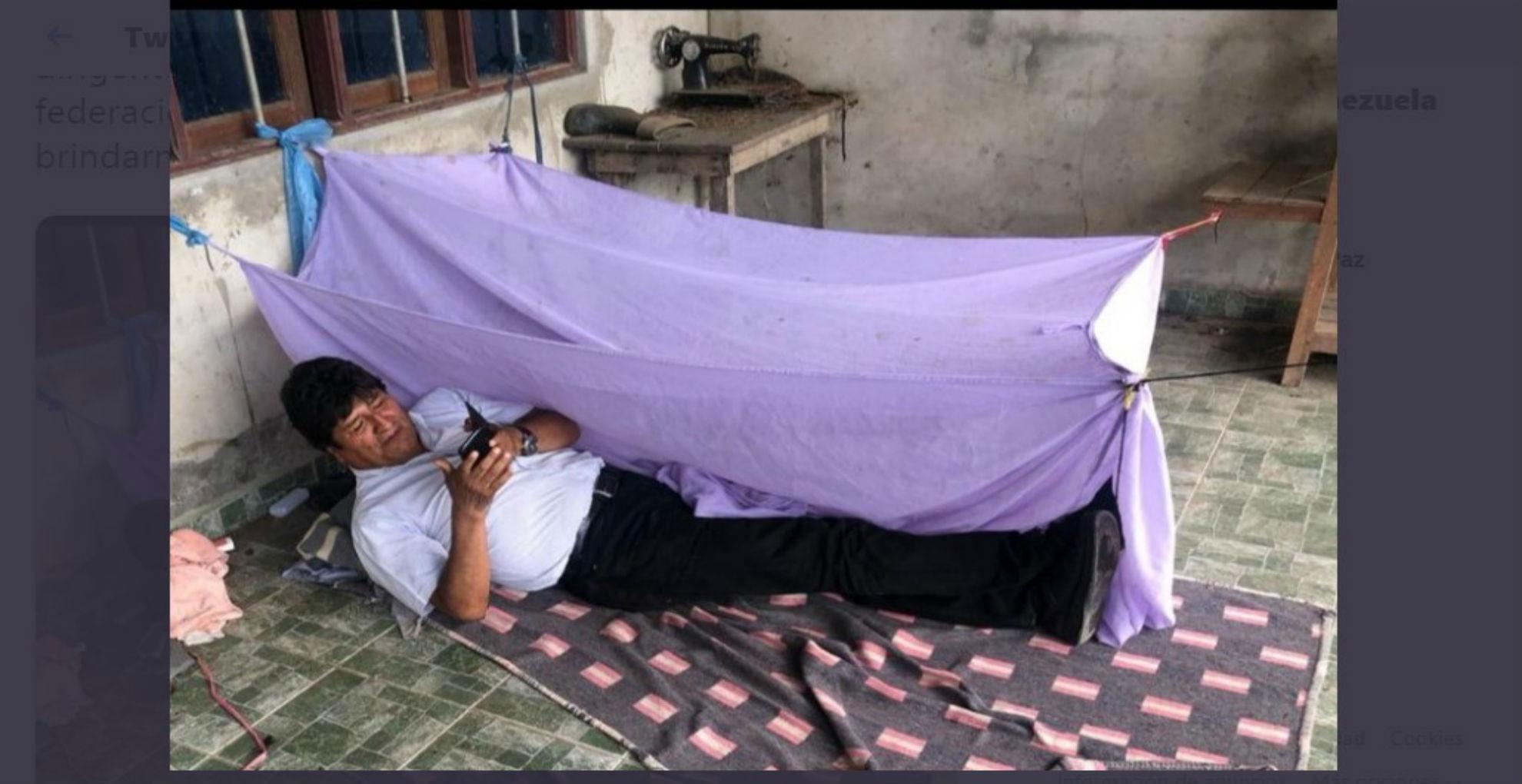 #VíctimaChallenge: El reto viral que inspiró Evo Morales al tuitear una absurda foto suya