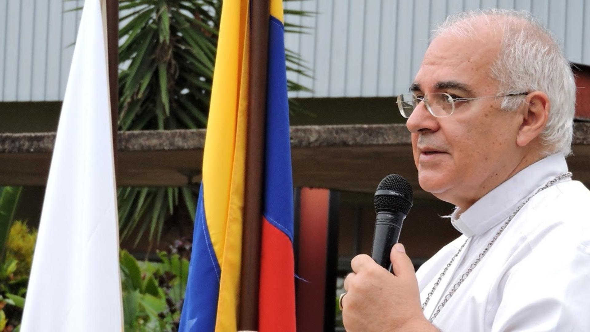 Runrunes de Bocaranda: MEDIO - LA IGLESIA UNIDA