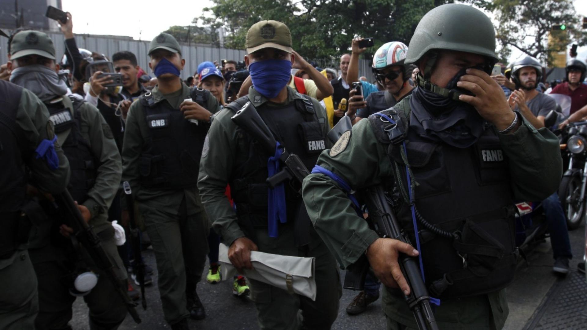 Fuentes vinculan sublevación en Los Teques con operación para liberar presos políticos