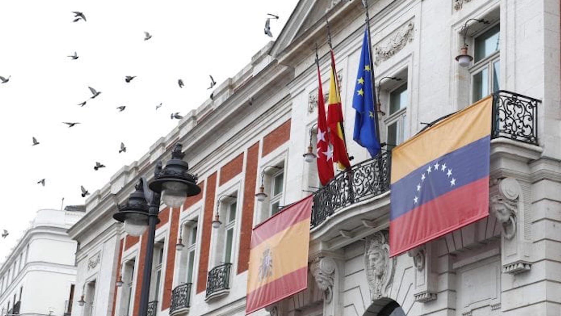 Guaidó visita Madrid en medio de polémica por reunión de Delcy Rodríguez con ministro español