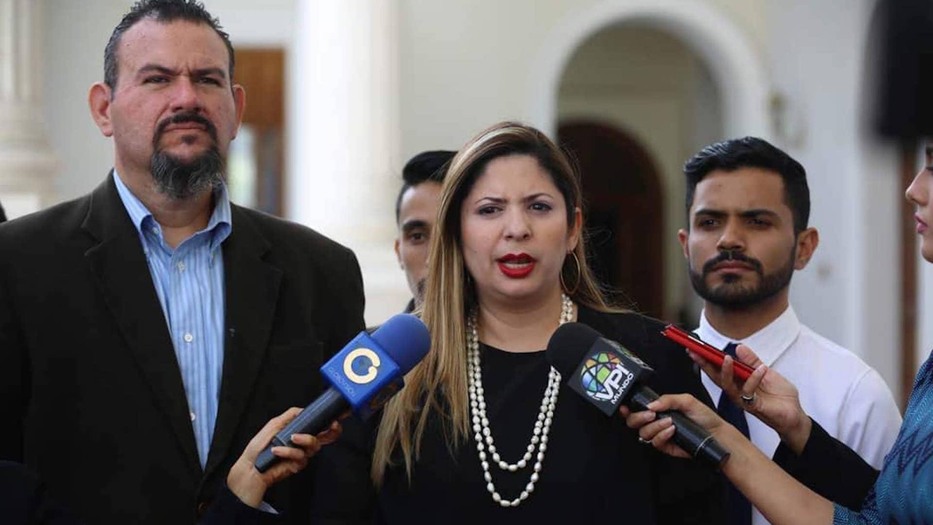 Bracho:  La burbuja de Caracas comenzó a reventar