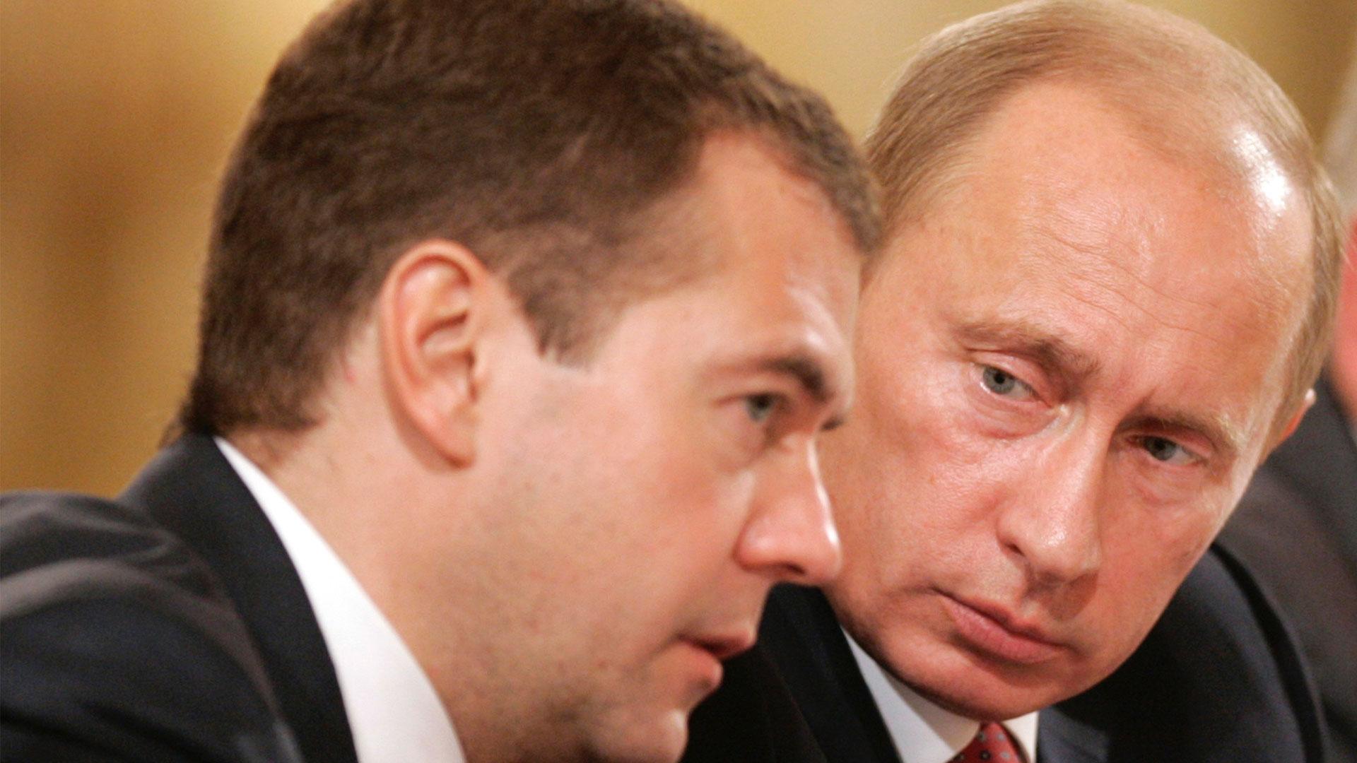 Tras anuncios de Putin, primer ministro y gabinete de Rusia renuncian
