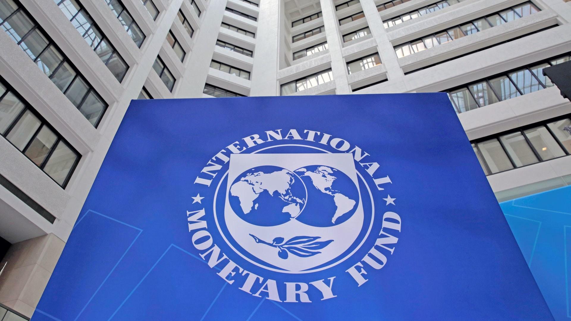 FMI advierte desastre macroeconómico y social en Venezuela