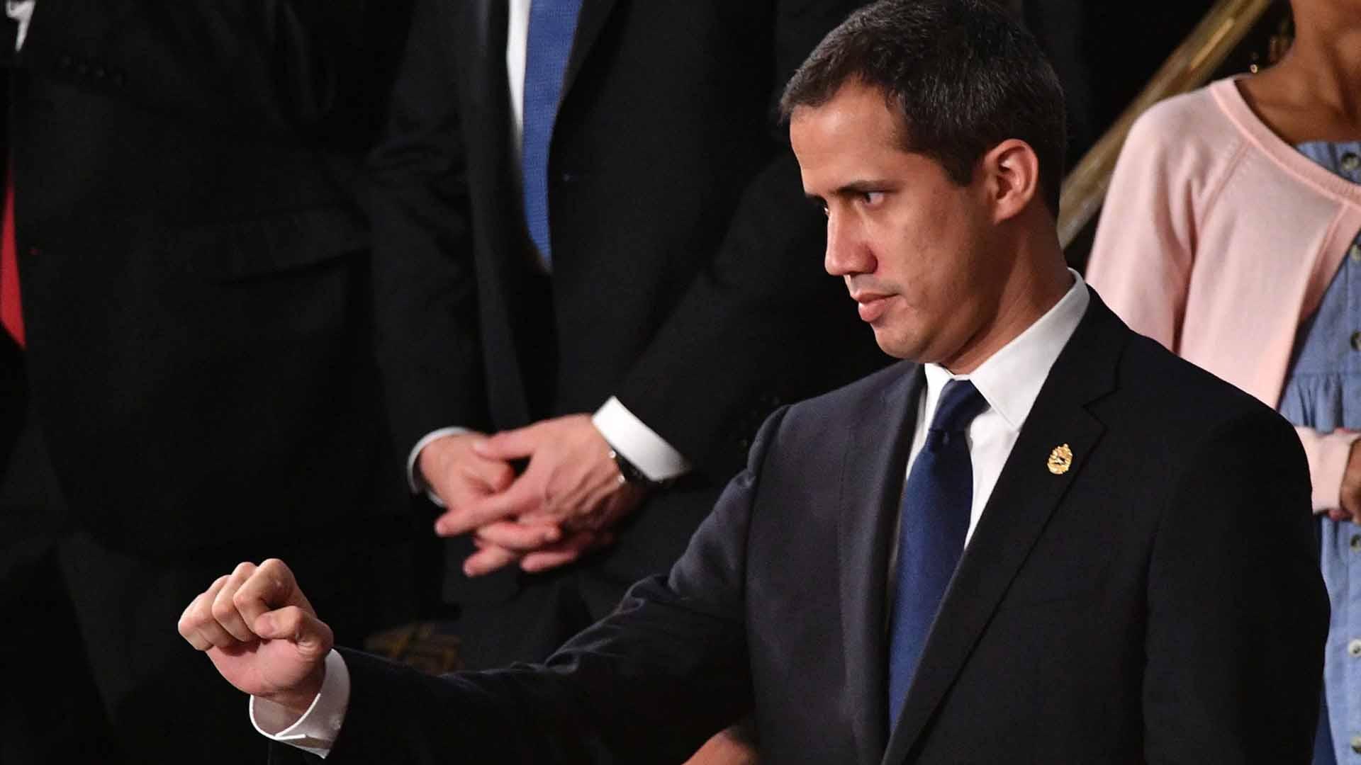 Candidato a Secretaría de Estado de Biden conversó con senador Durbin sobre apoyo a Guaidó