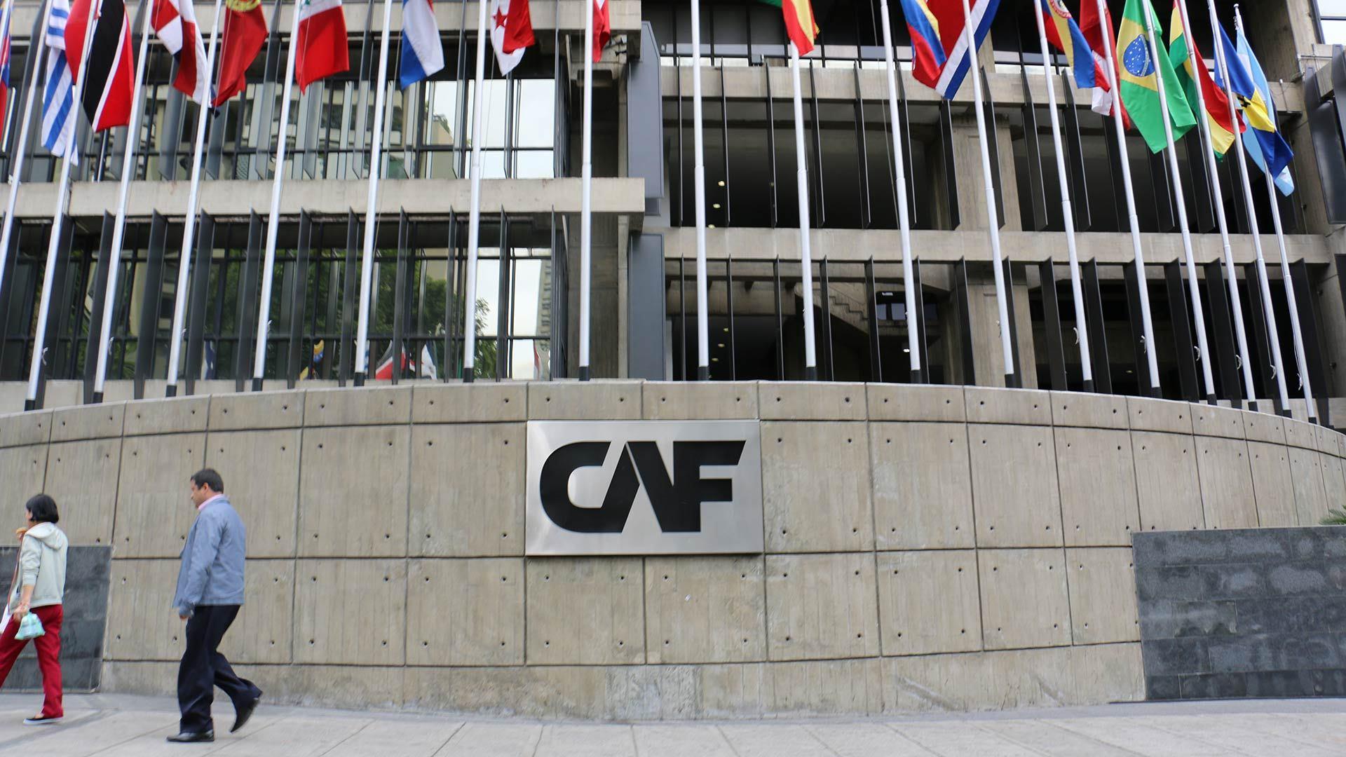 CAF quiere limpiar su balance financiero con la compra de acciones venezolanas