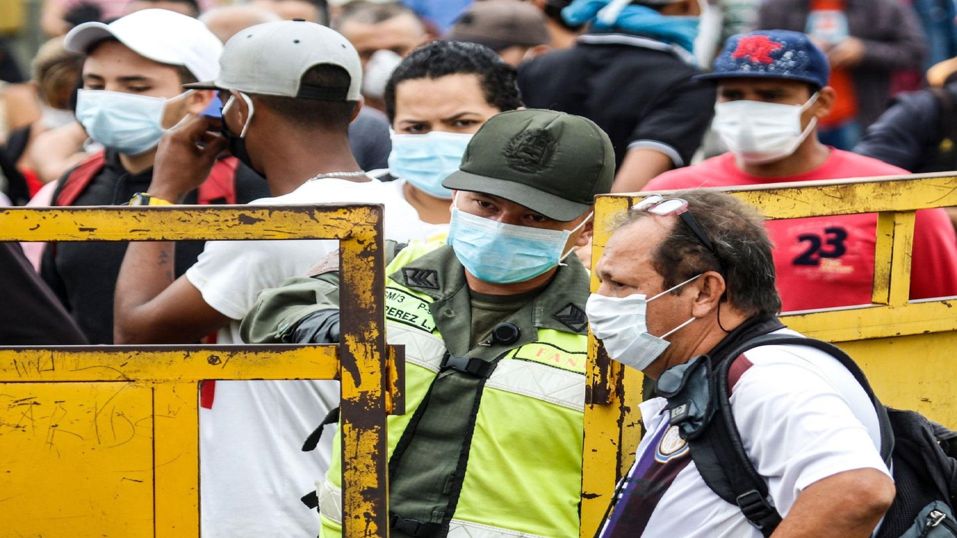 Colombia cierra sus fronteras con Venezuela por coronavirus