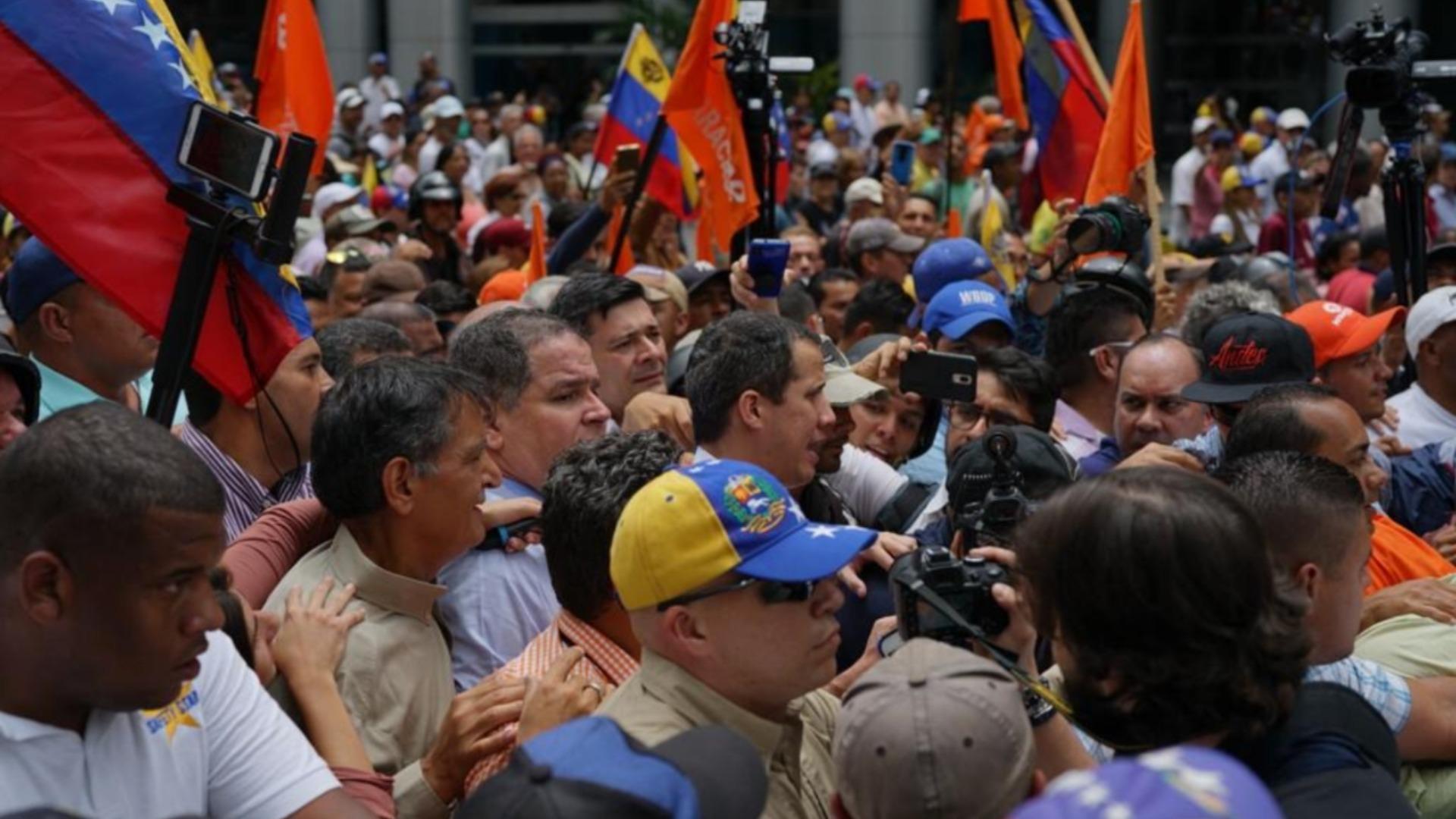 Luis Florido reaparece en Venezuela y sorprende a más de uno