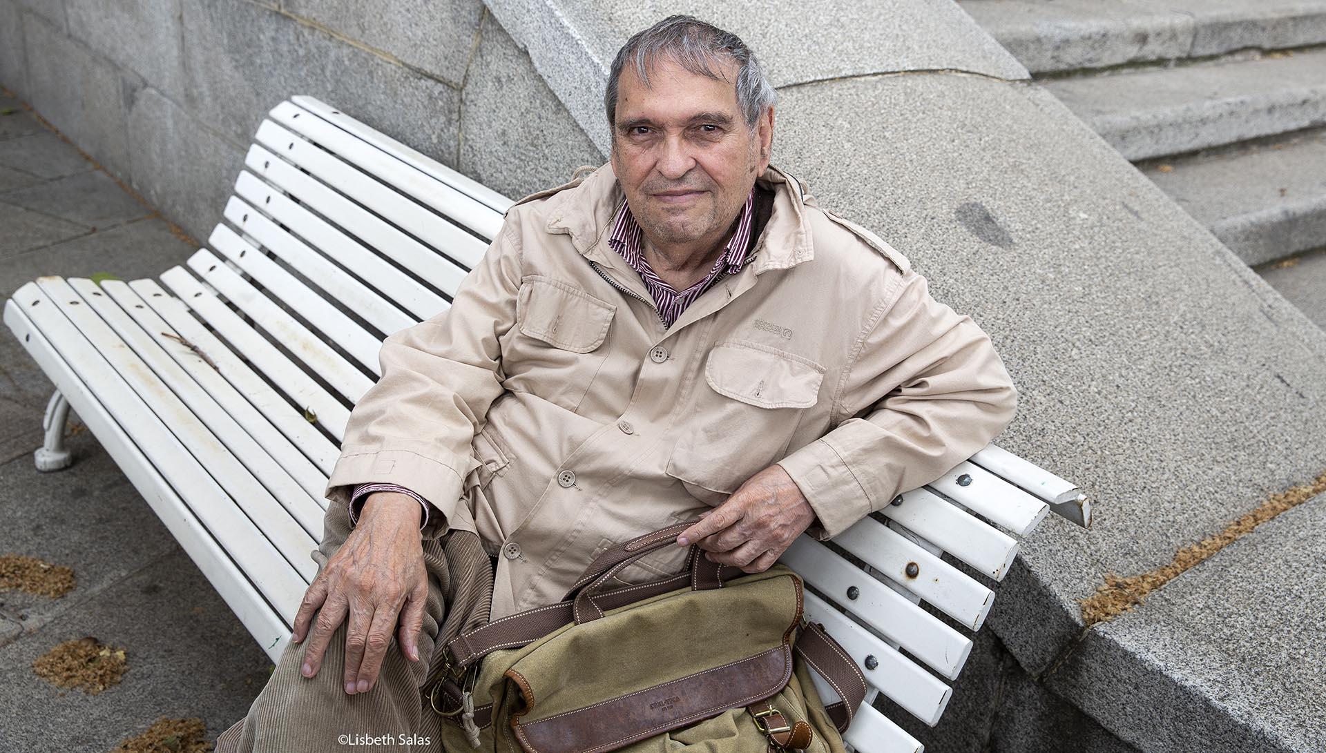 Rafael Cadenas. Testimonio de una compañera de generación