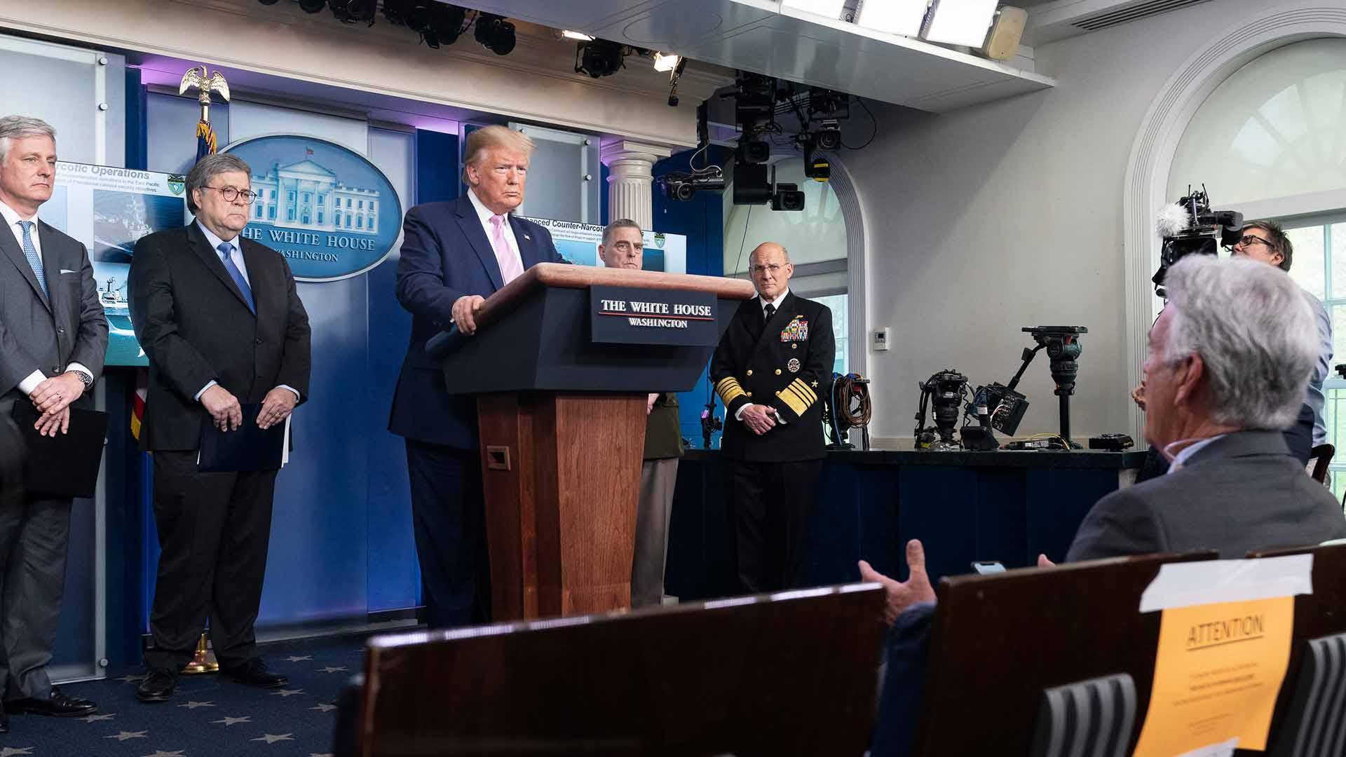 El 01ABR20 Donald Trump anunció una gran operación militar contra Maduro. Informe Otálvora. Foto Casa Blanca.