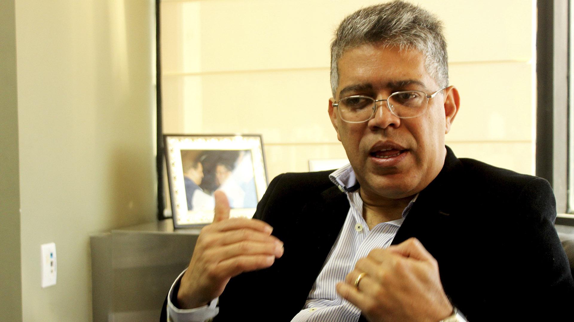 Jaua: Maduro debe concretar acuerdo electoral para facilitar pacto nacional por el coronavirus