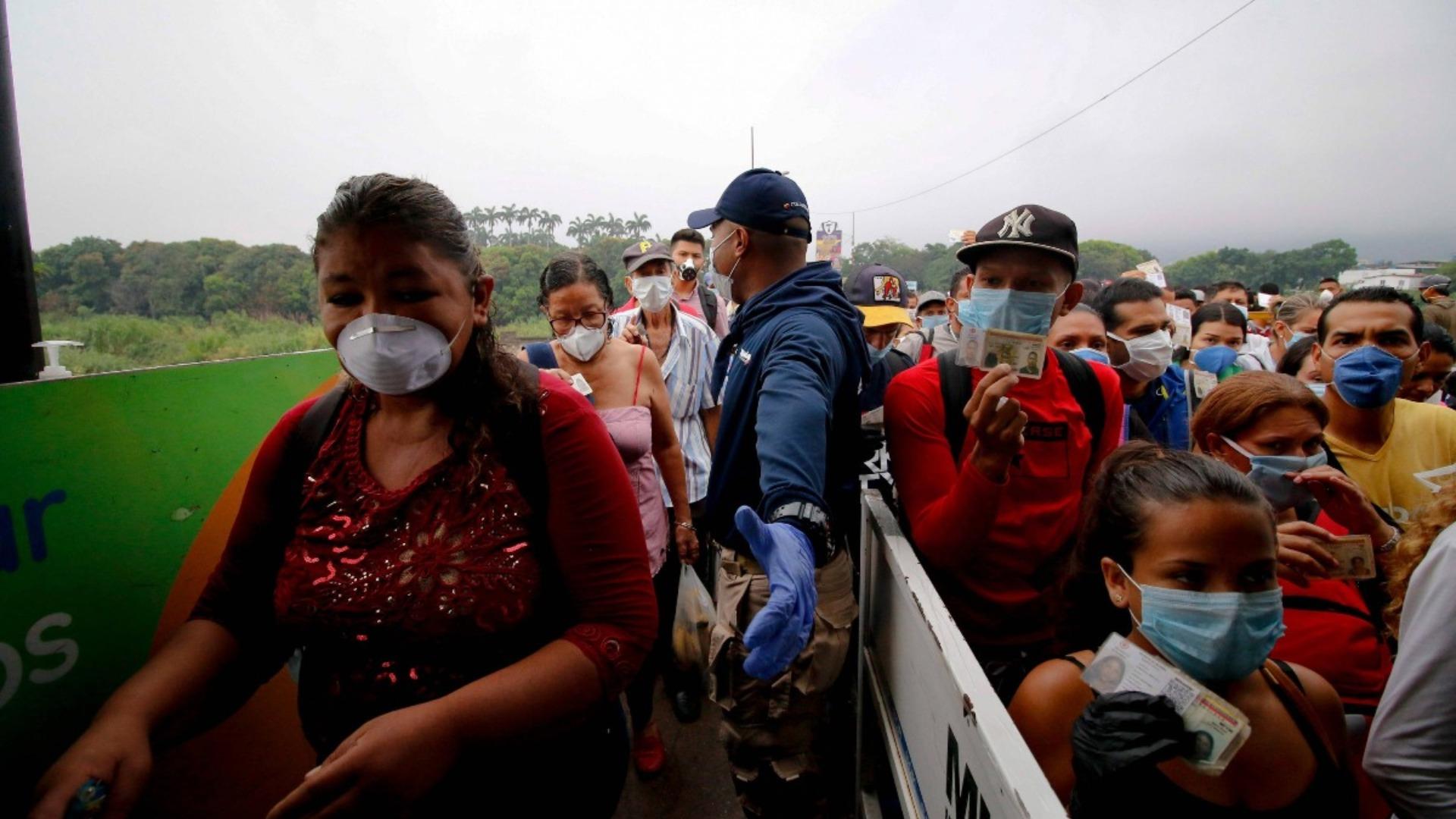 Durante los últimos 2 meses de cuarentena han regresado al país 52.000 venezolanos desde Colombia