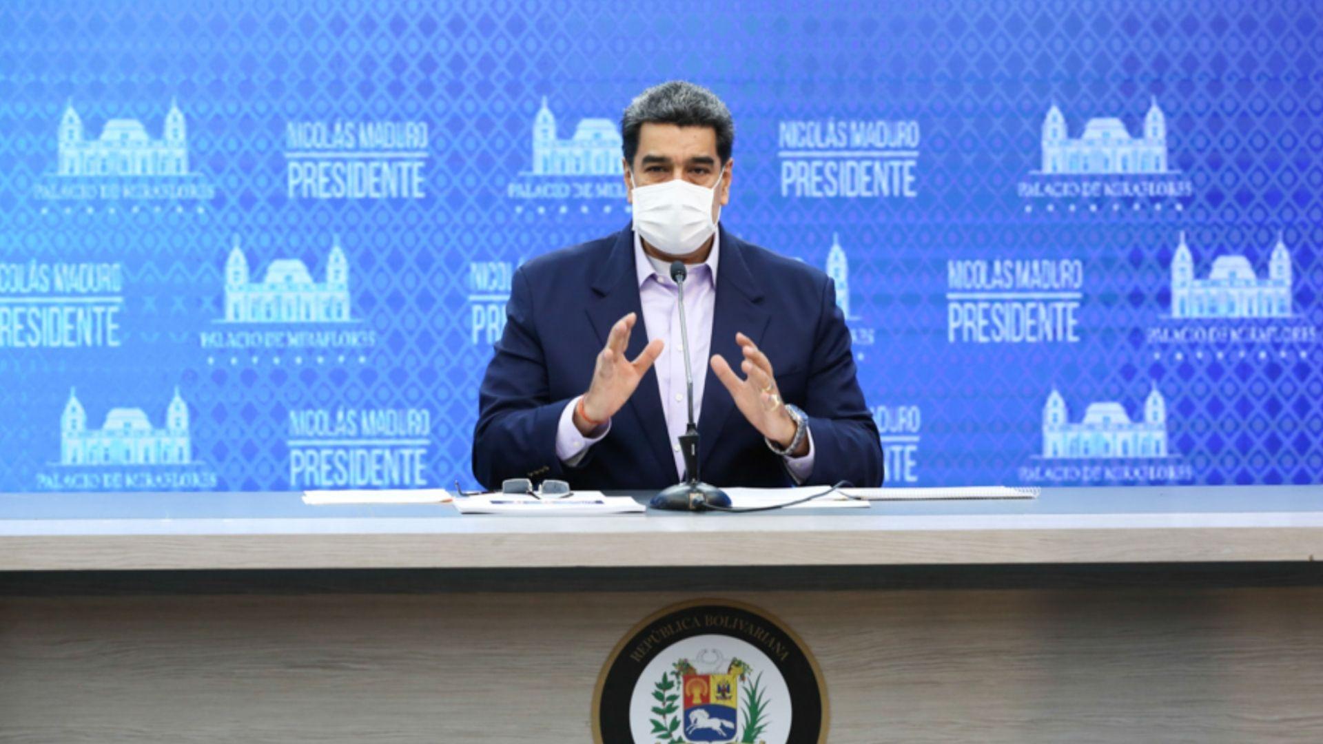 Maduro anunció que el litro gasolina tendrá un costo de 5mil Bs