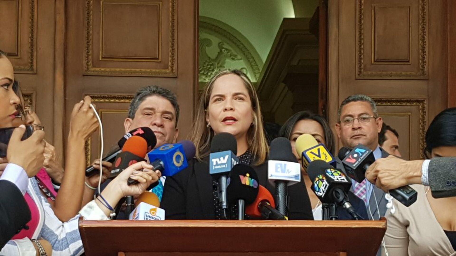 Diputada Martínez pide investigación sobre motín en cárcel de Guanare