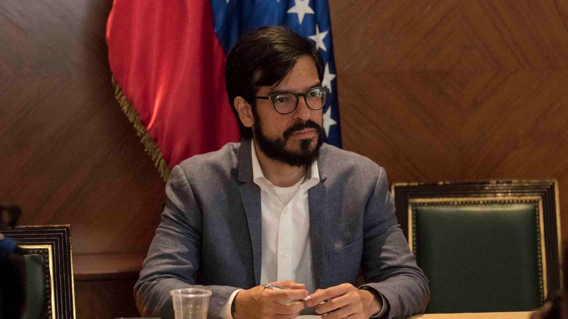 Claves | Miguel Pizarro: El gobierno amplió funciones de las Faes