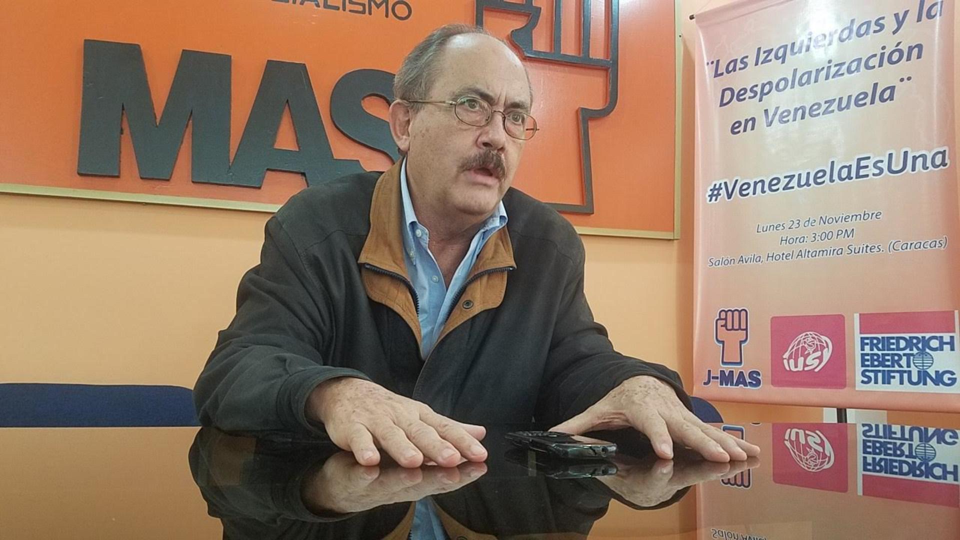 Felipe Mujica pide al TSJ declarar omisión legislativa y nombrar al CNE