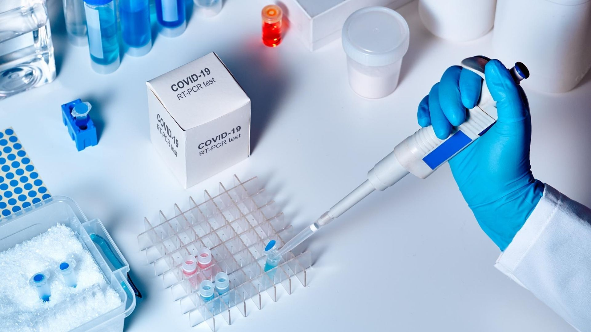 Investigadores británicos identifican 6 tipos de COVID-19 según sus síntomas