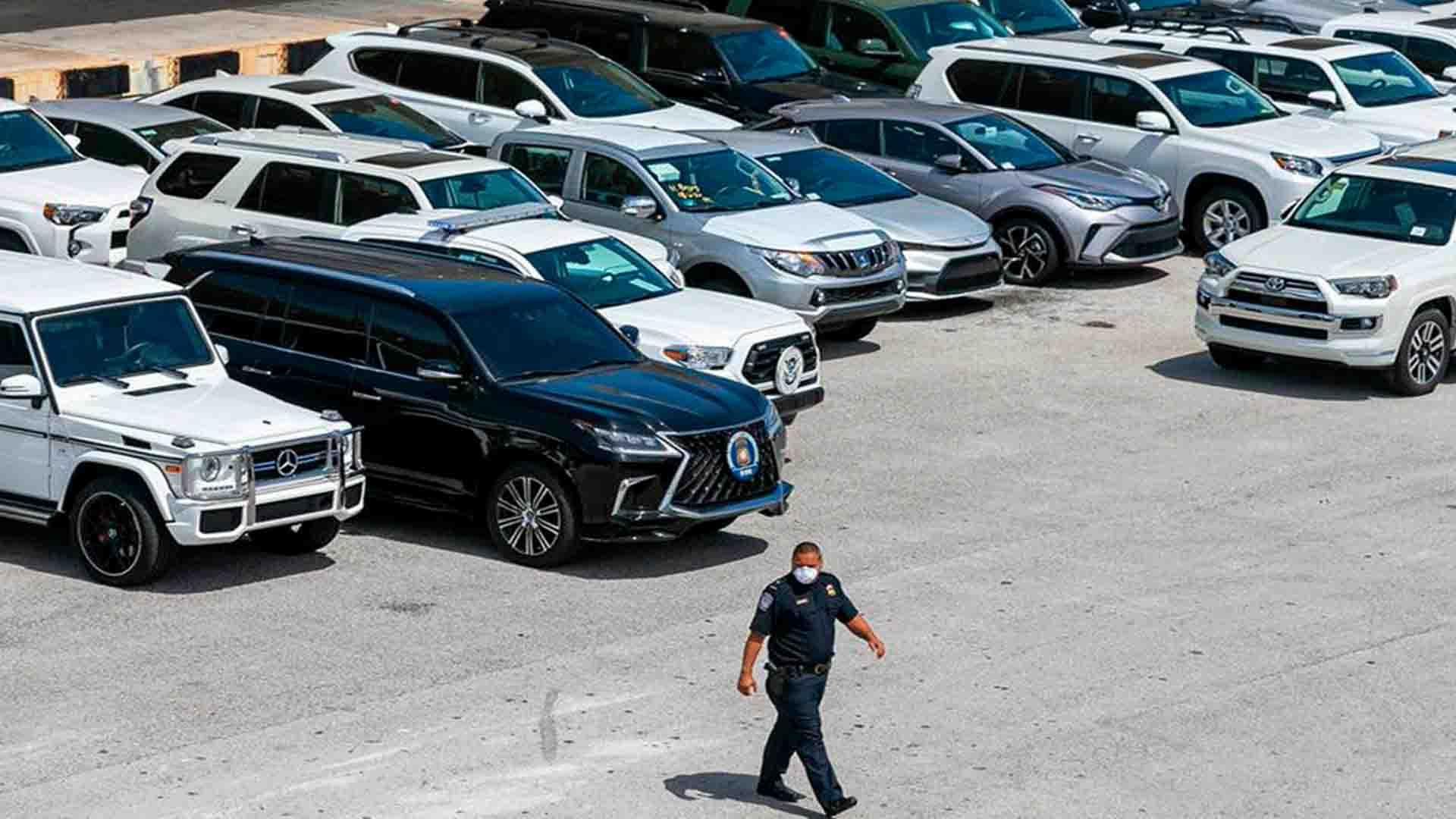 Gobierno estadounidense confisca autos que Raúl Gorrín iba a enviar a Venezuela