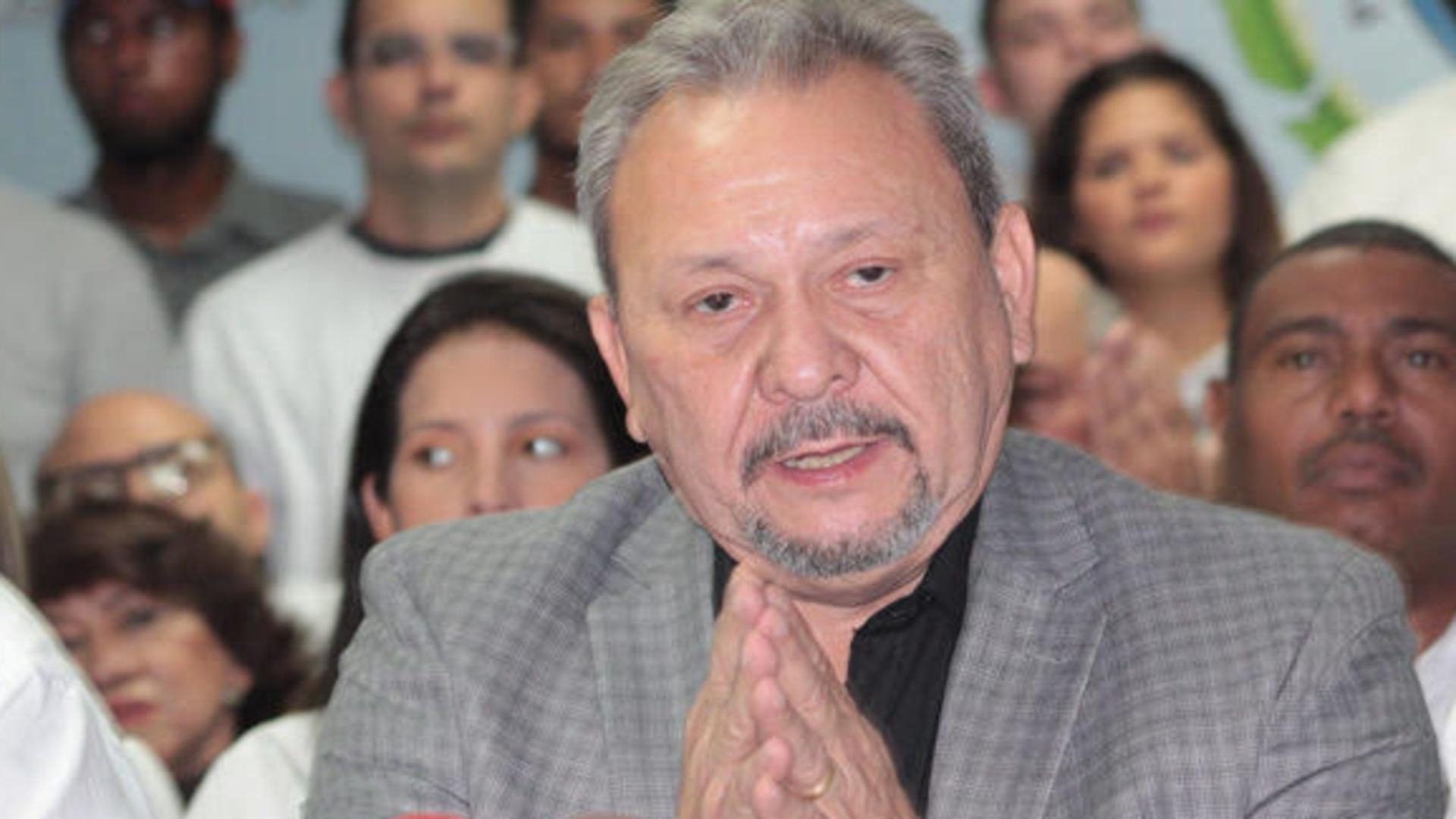 Fallece el diputado Hernán Alemán por COVID-19