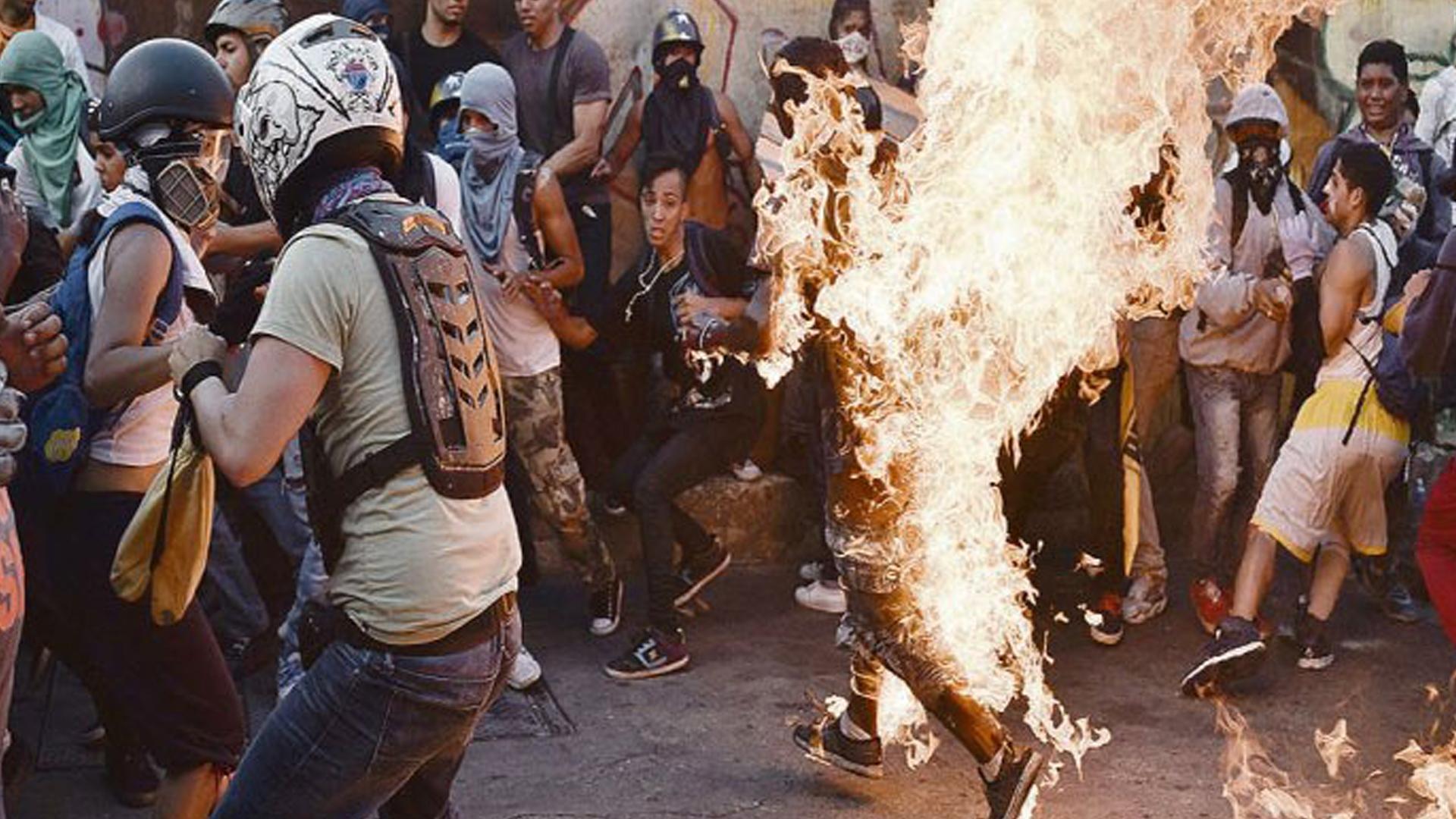 Apelan extradición de Enzo Franchini acusado de quemar a joven en las protestas de 2017